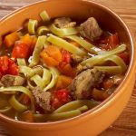 Oriental pasta with beef