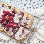 Cottage cheese and almond cake