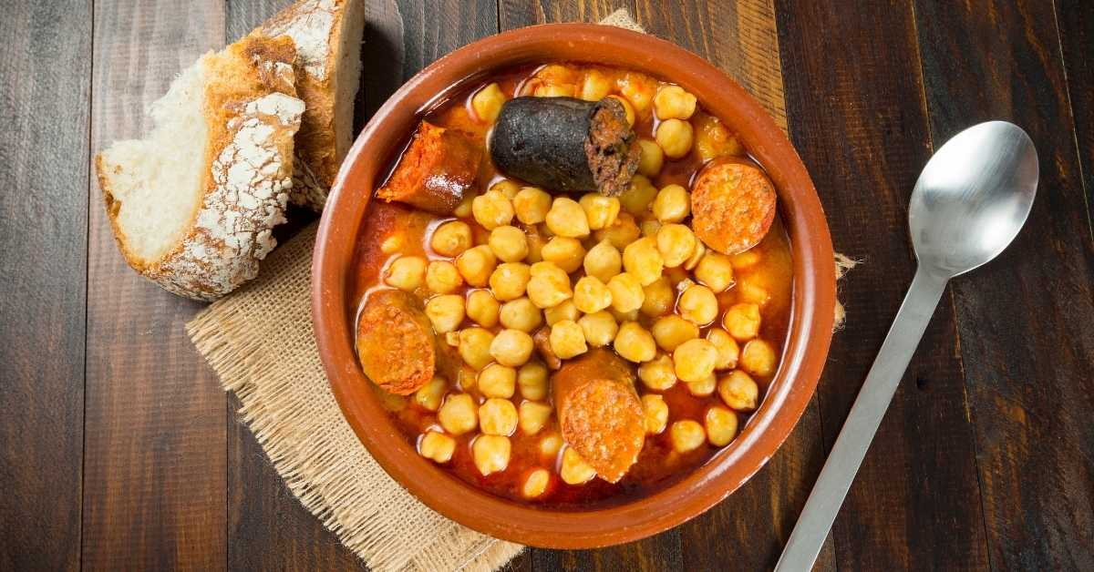 Chickpea stew Cuban style